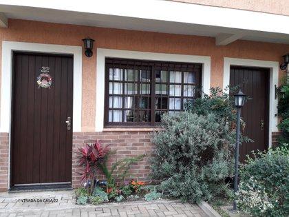 Casa Dois Pinheiros